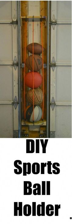 How to organize your garage. This DIY sport ball holder will help you to be able to organize your garage. Need to organize your garage? This DIY sports ball holder uses space between the garage doors to organize your space. Garage House, Garage Shed, Garage Tools, Garage Workshop, Garage Signs, Diy Garage Door, Diy Garage Shelves, Organizing Hacks, Diy Organizer