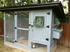Building a chicken coop does not have to be tricky nor does it have to set you back a ton of scratch. Chicken Coop Decor, Easy Chicken Coop, Chicken Shop, Chicken Coop Designs, Chicken Chick, Backyard Chicken Coops, Chicken Coop Plans, Building A Chicken Coop, Backyard Farming