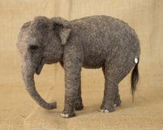Zur Bestellung Nadel gefilzt Elefant: Custom Nadel gefilzte Tier Skulptur