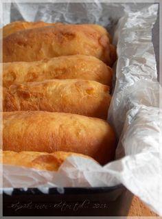...konyhán innen - kerten túl...: Töltött lángos Hot Dog Buns, Hot Dogs, Meat Recipes, Cooking Recipes, Good Food, Food And Drink, Bread, Cake, Desserts