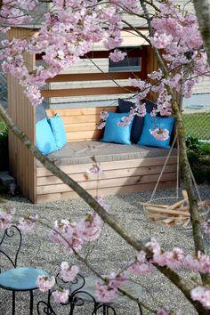 Terrassenkorb «vis-à-vis», made in Switzerland Ladder Decor, Garden, Home Decor, Terrace, Basket Weave Braid, Beach Tops, Natural Colors, Mattress, Garten
