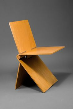 Bruno Ninaber van Eyben; Collapsible Wooden Chair for Artifort, 1977.
