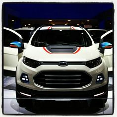 Ford Ecosport 2016 Cars, R Wallpaper, Ford Ecosport, Vans, Car Design Sketch, Modified Cars, Car Wrap, Lifted Trucks, Car Accessories