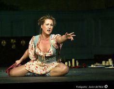 Diana Damrau Opera Singers, Diana, My Favorite Things, Female, Chic, Classic, Style, Fashion, Musica