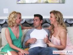 this guy is very lucky to fuck 2 gorgeous blondes