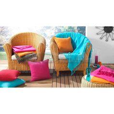 Красиво и леко одеяло с ресни в свеж цвят от 100% памук. Размери:220/240см. Цвят- тюркоаз В наличност.