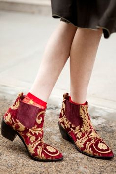 tapestry boots