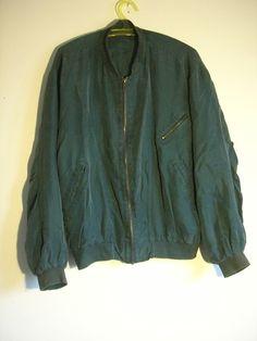 grünes Seidenjacket