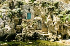 House of the sea-hobbit, Dubrovnik by Lanzen, via Flickr