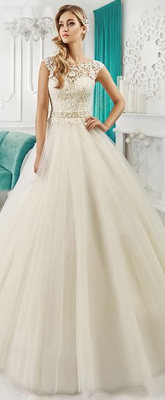Marvelous Tulle & Satin Bateau Neckline A-Line Wedding Dresses With Lace Appliques