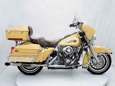 16 best harley davidson service manuals images on pinterest manual rh pinterest com 2003 harley davidson ultra classic anniversary edition owners manual 2004 harley davidson ultra classic manual