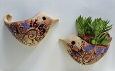 Modern and Elegant ceramic Vertical Wall Planter Pots Ideas Pottery Tools, Slab Pottery, Ceramic Pottery, Clay Birds, Ceramic Birds, Ceramic Animals, Ceramic Wall Art, Ceramic Clay, Pottery Handbuilding