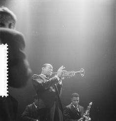November 14, 1959. From left to right: Jymie Merritt, Lee Morgan and Wayne Shorter - Art Blakey & the Jazz Messengers performing live at Concertgebouw in Amsterdam. Photo Herbert Behrens. #amsterdam #1959 #JymieMerritt #LeeMorgan #WayneShorter