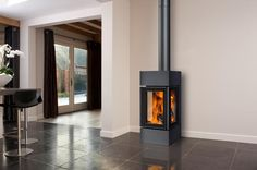 Three-sided wood-burning stove different options to choose from Stove Fireplace, Wood Fireplace, Fireplace Design, Fireplaces, Glass Fronted Gas Fire, Cast Iron Stove, Pellet Stove, Wood Burner, Space Architecture
