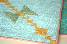 I'd love to learn to quilt someday.  This pattern is beautiful1