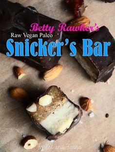 Raw Paleo Snickers Bar