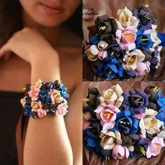 Bride bracelet, bridal bracelet, bride corsage, fresia bracelet, bridesmaid bracelet, girl gift, flowers barcelet