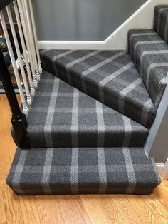 We don't often see many requests for wall-to-wall installation on stairs but when we do they come out great! Check out this Kaleen Road Town in the color of Charcoal, a great wool option! Wall Carpet, Carpet Stairs, Bedroom Carpet, Living Room Carpet, Bedroom Wall, Tartan Stair Carpet, Patterned Stair Carpet, Open Plan Kitchen Living Room, Small Living Rooms