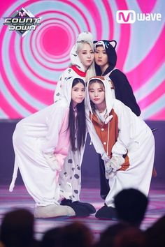 Moonbyul, Hwasa, Solar e Wheein Kpop Girl Groups, Korean Girl Groups, Kpop Girls, J Pop, Rapper, Wheein Mamamoo, Solar Mamamoo, Actors, K Idols