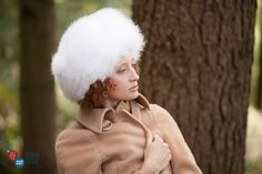 Marabou - Sophisticated bearskin style hat in fine marabou feather.