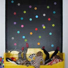NUEVO coloridos lunares etiqueta de la pared  por WonderwallDecal, $28.00