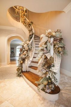 elegant christmas tree Luxe holiday dcor by Houstons go-to seasonal designer - Houston Chronicle