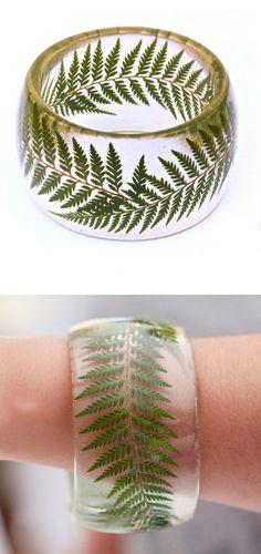 Fern Bangle - preserved in eco-friendly resin. sooo cool