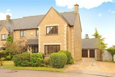 4 bedroom detached house for sale in St. Johns Close, Rothersthorpe