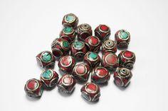Perle Tibétaine Carré Turquoise Corail Laiton 1,1 cm x 1 : Perles pierres Fines, Minérales par crea-loisirs