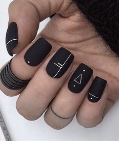 Matte Geometric Nails A universal nail style that suits anyone. Geometric nail art offers plenty of space to be creative. From lines and dots to rectangles and triangles, with its crisp lines and clever design, geometric nail art is here to stay. Fall Nail Art Designs, Black Nail Designs, Acrylic Nail Designs, Fall Designs, Nails Design Autumn, Fall Nail Art Autumn, Nail Art Ideas, Toe Designs, Short Nail Designs