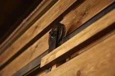 #puerta #rustica #decoración #alaparra #bodega #vino #maridaje
