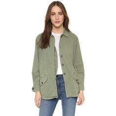 MONROW Vintage Army Jacket ($200) ❤ liked on Polyvore featuring outerwear, jackets, camo, military camo jacket, green camo jacket, green field jacket, flap jacket and camouflage army jacket