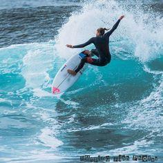 #surfing #surf #ripcurlpro #bells #bellsbeach #surfing #roxy by burpingfishphotos http://ift.tt/1KnoFsa