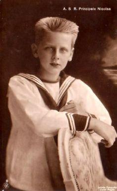 Prinz Nicolae von Rumänien, Prince of Romania 1903 – 1978 Romanian Royal Family, Royal Families Of Europe, Blue Bloods, My Childhood Memories, Prince And Princess, Ferdinand, Queen Victoria, Vintage Photos, Vintage Photographs