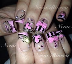 """Excellent """"acrylic nail art designs gallery"""" detail is readily available on our website. Have a look and you wont be sorry you did. Get Nails, Love Nails, Pretty Nails, Hair And Nails, Valentine's Day Nail Designs, Creative Nail Designs, Creative Nails, Nails Design, Bling Nail Art"""