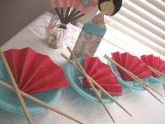 Throw a fun Japanese Tea Party for that special little gal! Asian Party Decorations, Asian Party Themes, Party Ideas, Japanese Theme Parties, Cherry Blossom Party, Japanese Birthday, Asian Tea, Sushi Party, Ninja Party