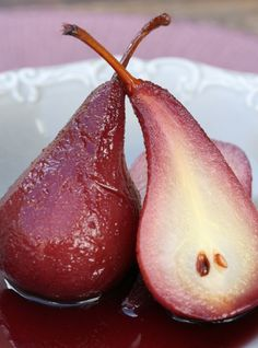 This recipe will be good for 5 – 8 pears and is spicy and delicious, reminiscent of gluhwein and perfect for winter. Peel the pears and place in a large pot and then add the following:  A cinnamon …