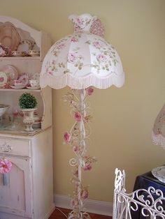 Pink shabby cottage lamp shade embellished handmade paper - Lamparas estilo shabby chic ...