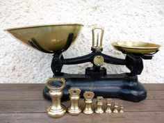 Kitchen Scale With Weights Vintage Scale by MonsieurRenardsAttic