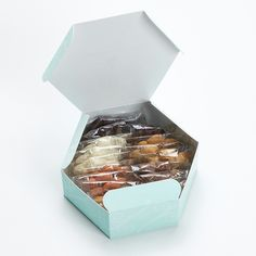 Honolulu Cookie Company's Large Floral Box@