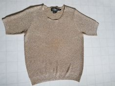 Vintage Women's Sweater Shirt Gold Knit Christine Phillipe California 1995 Large #ChristinePhillipe Sweater Shirt, Vintage Ladies, Vintage Outfits, Sweaters For Women, California, Knitting, Gold, Stuff To Buy, Shirts