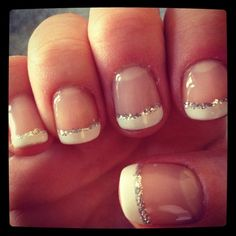 French manucure, french nails, french manicure with glitter, nails with whi French Nails, Short French Tip Nails, French Tip Toes, French Tip Pedicure, French Pedicure Designs, French Polish, Cute Nails, Pretty Nails, Classy Nails