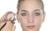 """No apliques demasiado corrector de ojeras. Esto solo logrará que se note la acumulación de producto debajo de los ojos y lucirás más cansada o, peor aún, generarás el """"efecto mapache"""" #makeup #corrector. #Maquillaje #GetTheLOOKArg #Belleza #Beauty"""