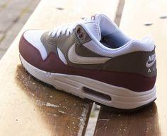 innovative design d5c55 d97dc Nike Air Max 1 Essential