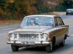 Ford Zodiac MK3 - Classic cars on the London to Brighton route | by clicks_1000