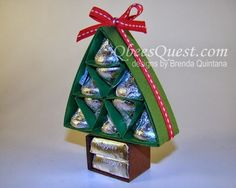 When I designed the Hershey's Christmas Tree last November, I had no idea that it would be this popular. I have learned a lot about making Hershey's favors since then and I wanted to come back and upd