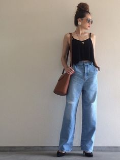 お気に入りのデニム×キャミソール シンプルで好きなスタイリング Instagram▷▶︎@yuk Bell Bottoms, Bell Bottom Jeans, Mom Jeans, Summer Styles, Denim, Cute, Pants, How To Wear, Outfits
