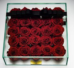 Items similar to 25 Rosarium Rosebox - Live Forever Roses on Etsy Forever Rose, Beautiful Red Roses, Glass Boxes, Sunlight, Different Colors, Flower, Elegant, Trending Outfits, Simple