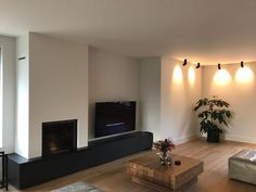 Apartment Renovation, Flat Screen, Living Room, Stylish, Wedding, Fire Places, Dining Room, Woodwind Instrument, Blood Plasma