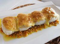 Merluza gratinada con sofrito de calabaza Eggs, Fish, Breakfast, Fish Recipes, Spanish Cuisine, Entrees, Pumpkins, Morning Coffee, Pisces